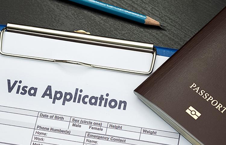 加拿大移民局技术移民和投资移民及父母团聚移民永久居留及入籍申请相关的最新政策和签证申请流程和所需费用